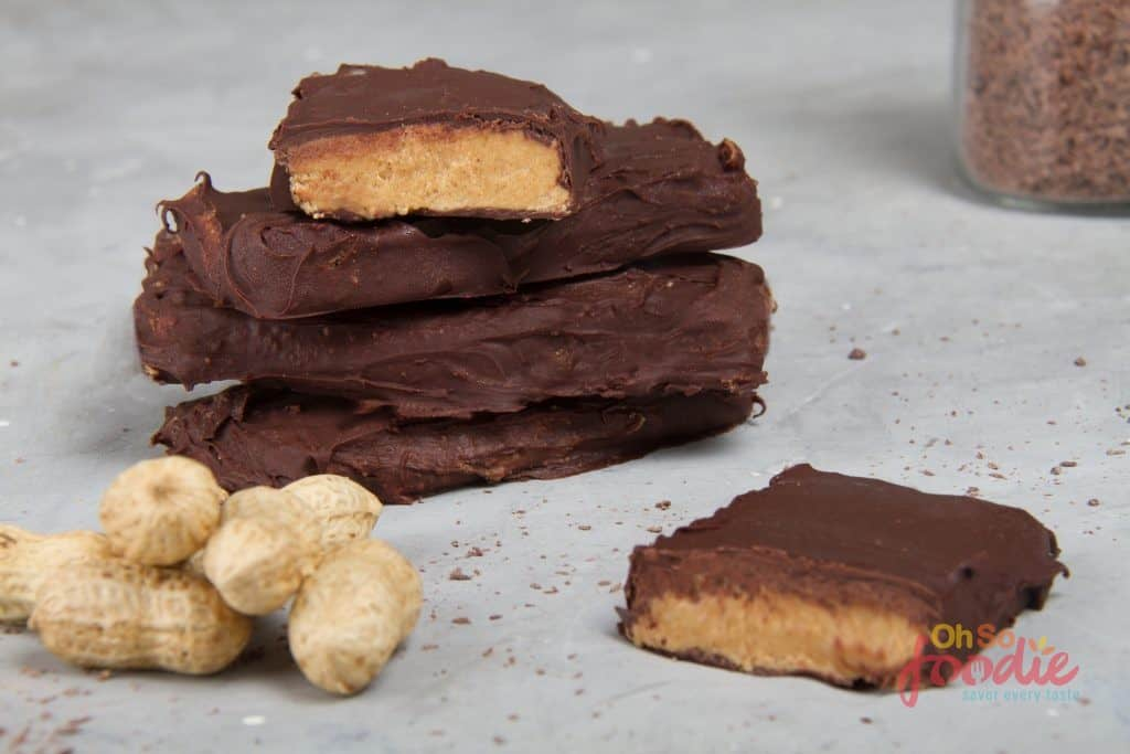 Low Carb Protein Bars No Bake Keto Peanut Butter Chocolate Bars Oh So Foodie