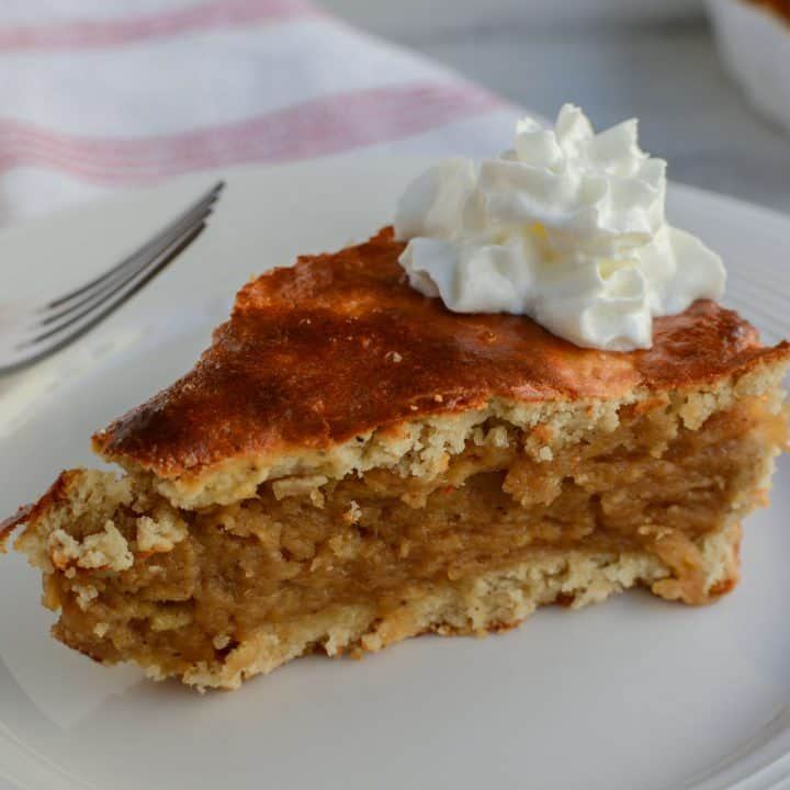 Keto Apple Pie With Zucchini Filling