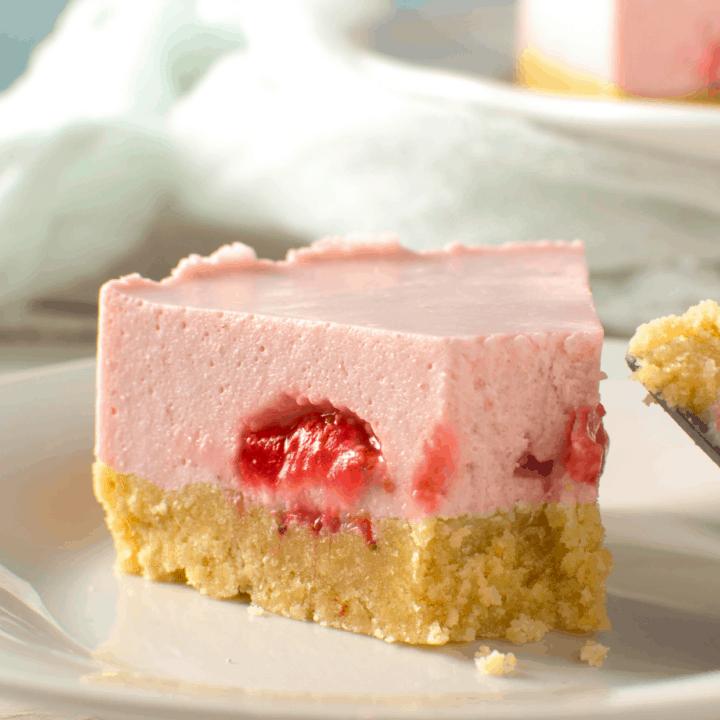 No Bake Keto Strawberry Cheesecake