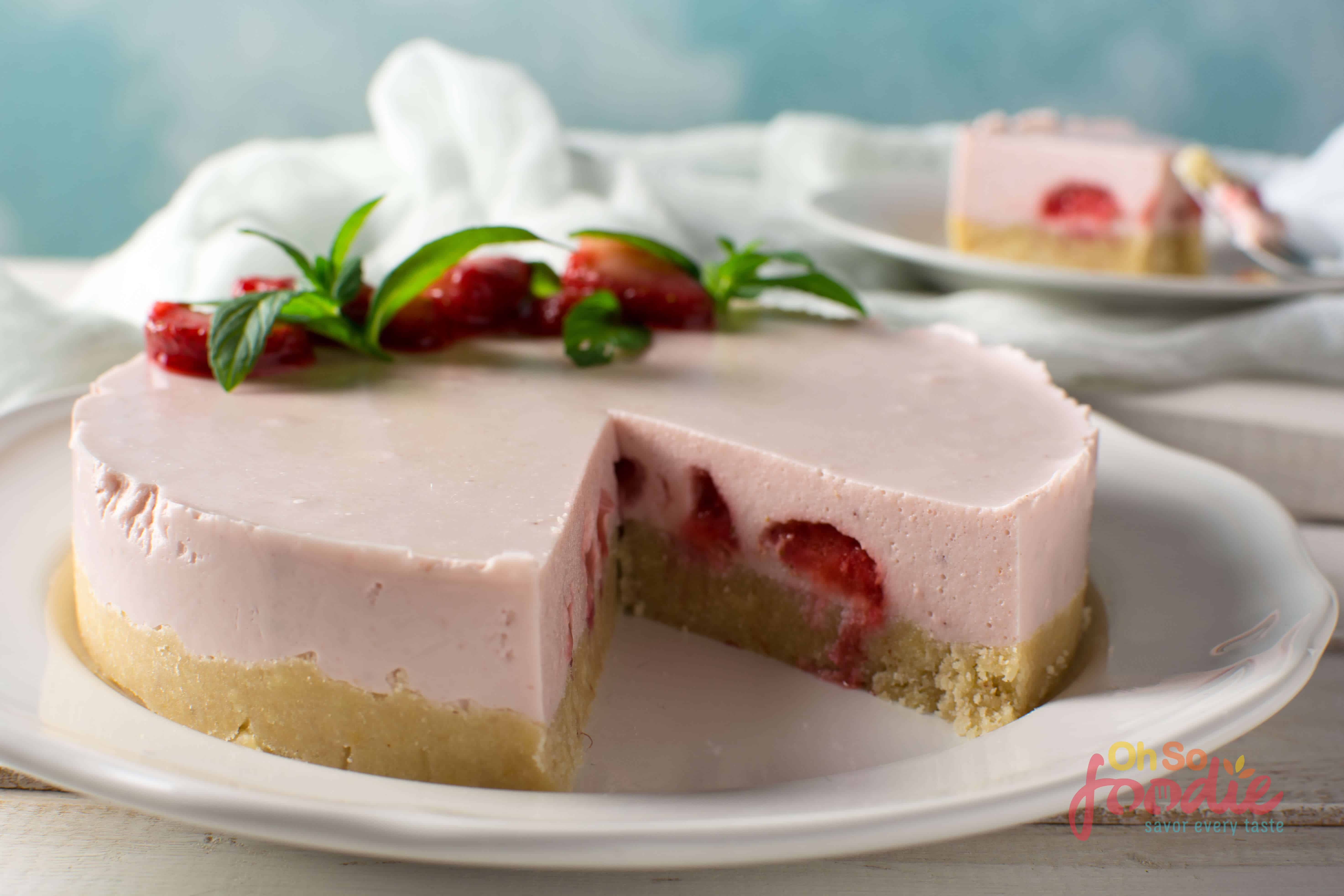 no bake low carb starwberry cheescake
