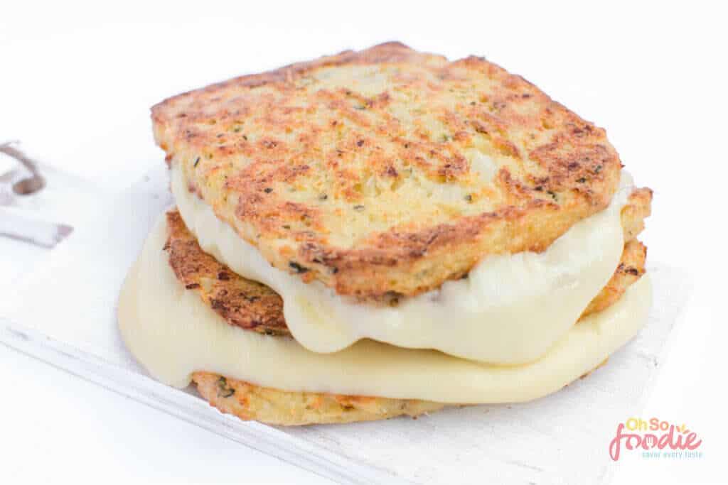 keto cauliflower grilled cheese sandwich