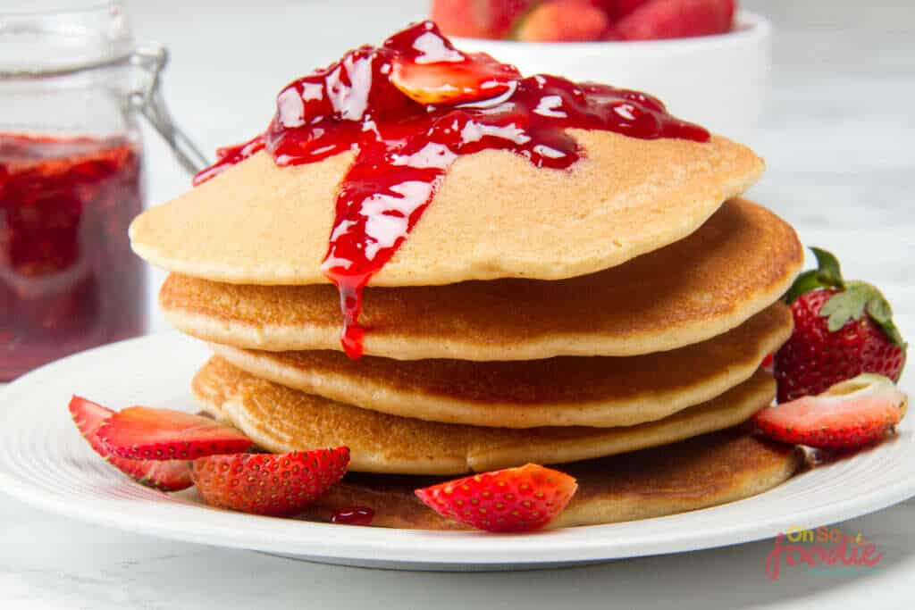 low carb strawberry pancakes