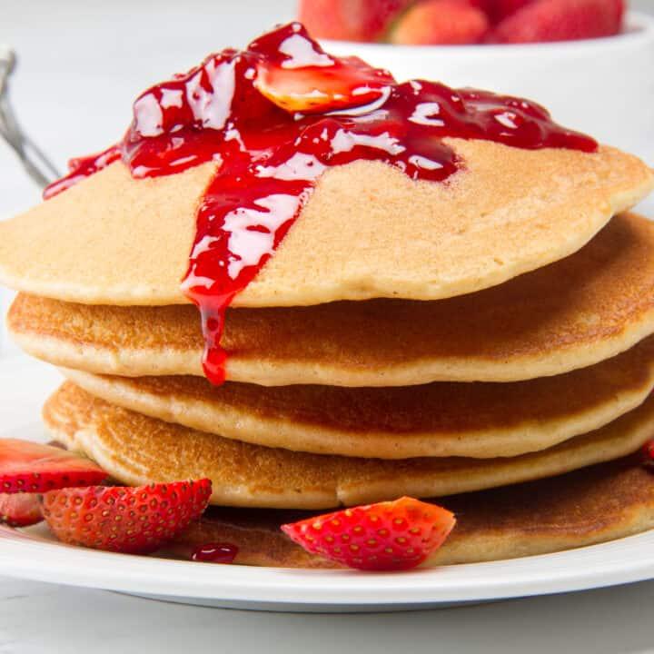 Keto Strawberry Pancakes