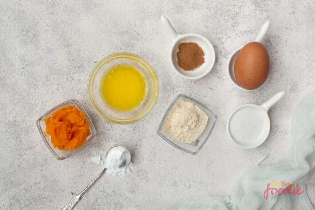 ingredients for keto mug cakes